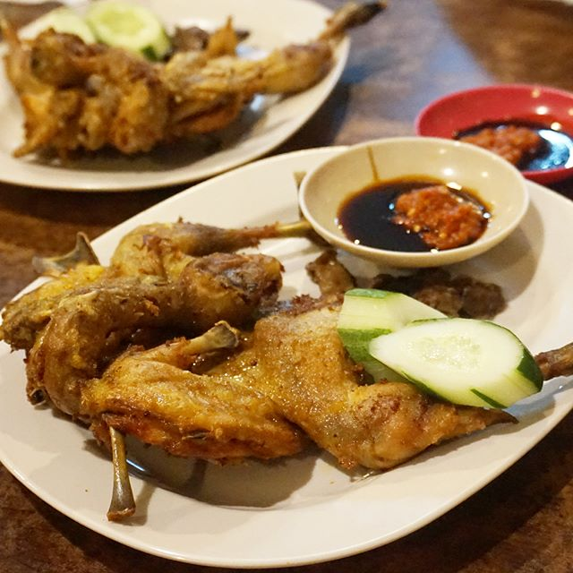 tempat wisata kuliner sidoarjo Ayam Goreng Gringging Lombok
